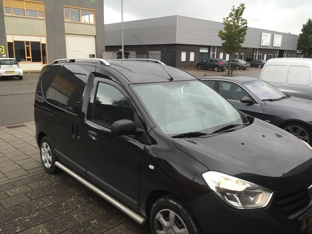 Dacia Dokker dakrails aluminium gebogen