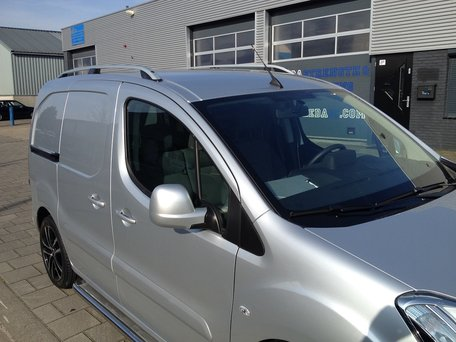 Peugeot Partner 2008+ dakrails aluminium gebogen