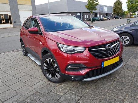 Opel Grandland X treeplanken aluminium