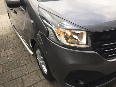 Opel Vivaro L2 2014+ sidebars 60 mm mat geknikt