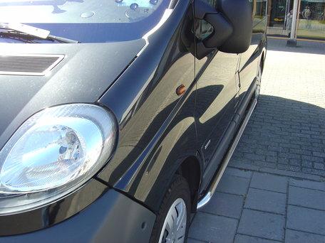 Opel Vivaro 2001 tot 2013 L2 Sidebars 60 mm gebogen naar dorpel