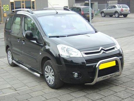 Peugeot Partner vanaf 2008 Sidebars buis 70 mm met 3 steps