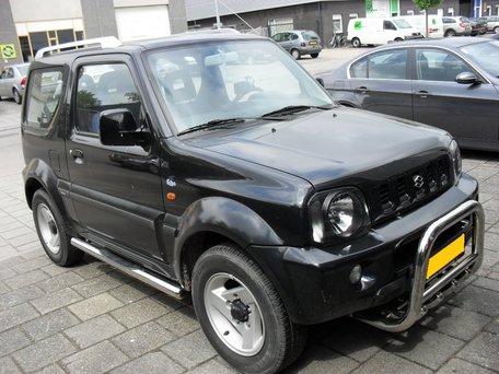 Suzuki Jimny Sidebars buis 70 mm met 2 steps