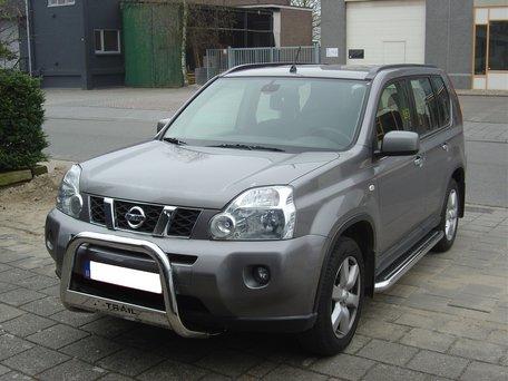 Nissan X-Trail van 2007 tot 2013 Sidebars met RVS trede