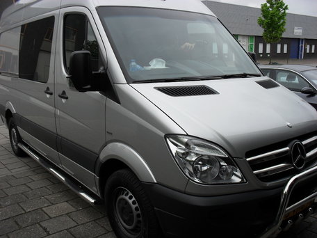 Mercedes Sprinter L3 sidebars buis 70 mm met 3 steps