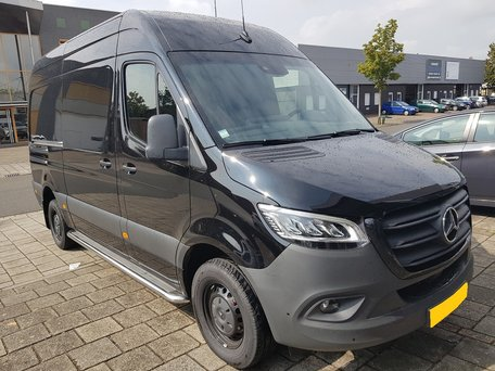 Mercedes Sprinter 2018 L3 sidebars 60 mm met RVS trede