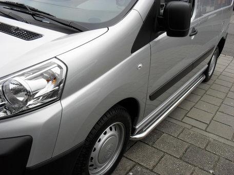 Peugeot Expert Sidebars buis 60 mm met RVS trede L2